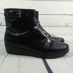 Cole Haan waterproof booties size 8